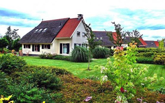 Traditional farmhouse vacation home at the Eysinga Holiday Estate