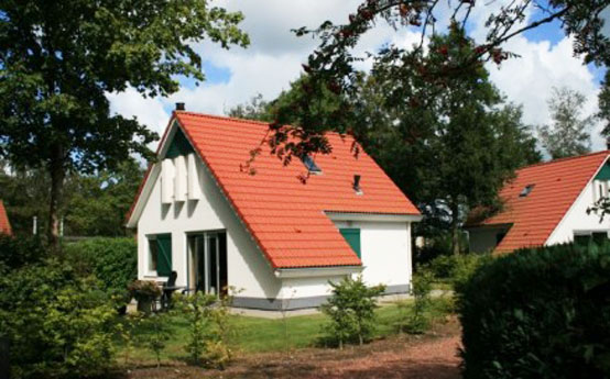 Vacation home type Country Cottage at Eysinga Holiday Estate near Langweer
